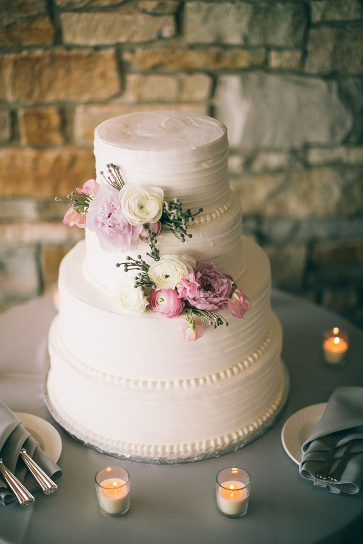 Wedding cake | Morton Arboretum Wedding