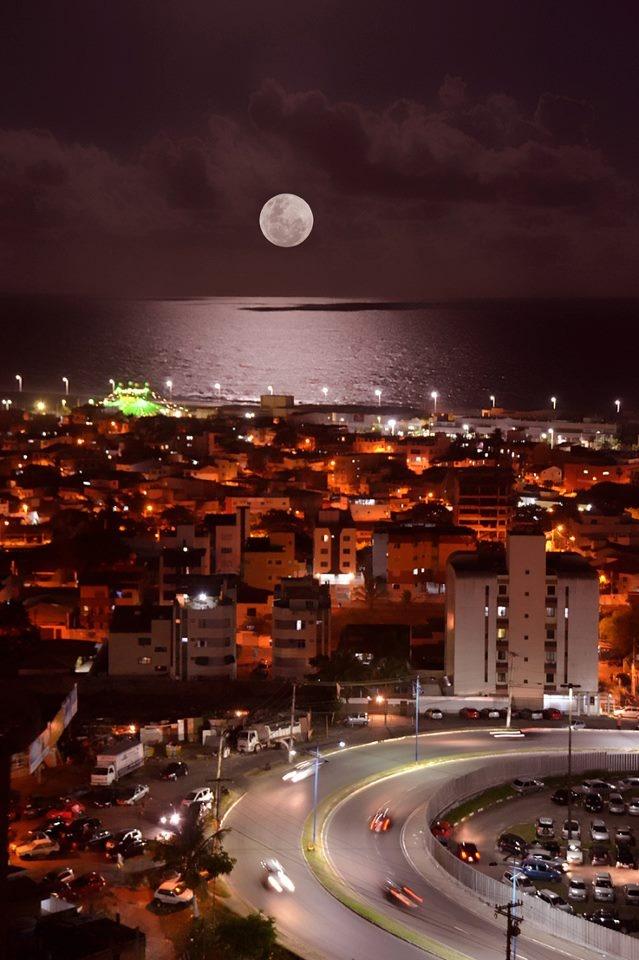 Salvador, Ba, Brasil. Foto tirada na madrugada de ontem.