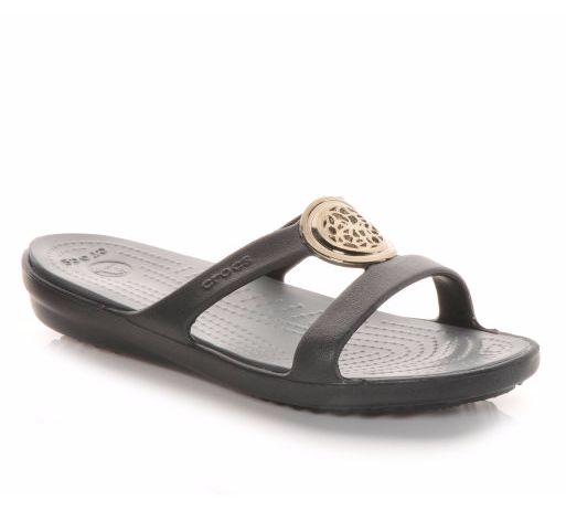 These Crocs Sanrah Circle sandals massage your feet as you walk! Perfect  for running errands