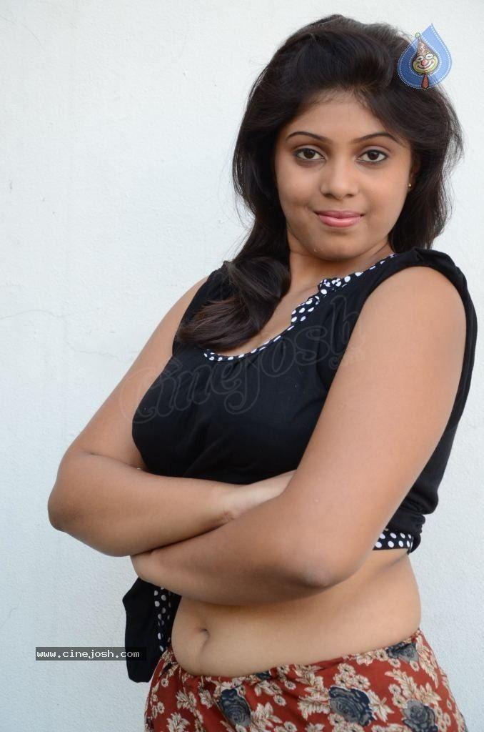 Novel Actress