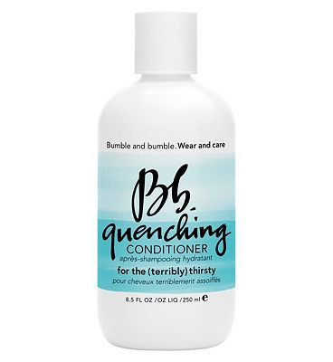 #Bumble and bumble Quenching Conditioner 250ml #104 Advantage card points. Bumble and bumble Quenching Conditioner, a hydrating conditioner begins replenishing vital moisture in the shower. FREE Delivery on orders over 45 GBP. (Barcode EAN=0685428009899)