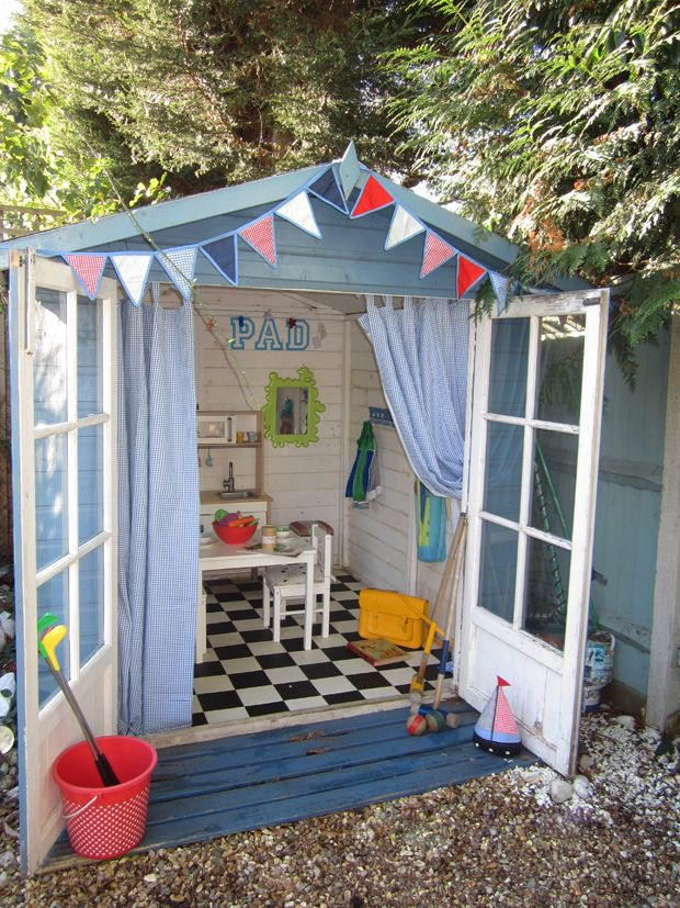 11 best images about wendy house ideas on pinterest for Beach hut style interiors