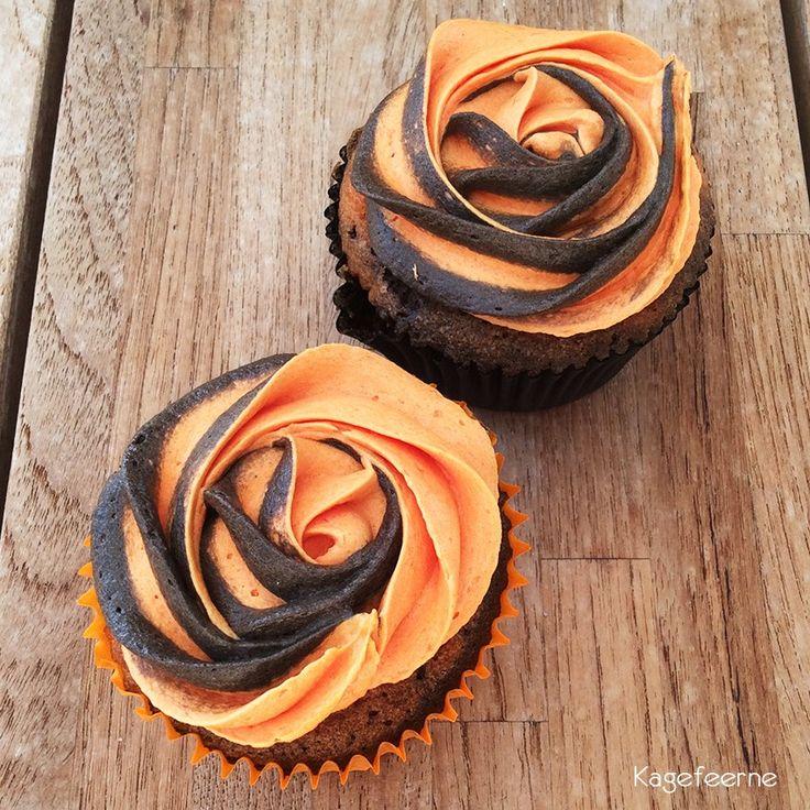 Appelsin chokolade cupcakes som marmorkage, så det lignede tigerstriber. Ligeledes appelsin og chokolade smørcreme på toppen i en rose swirl.