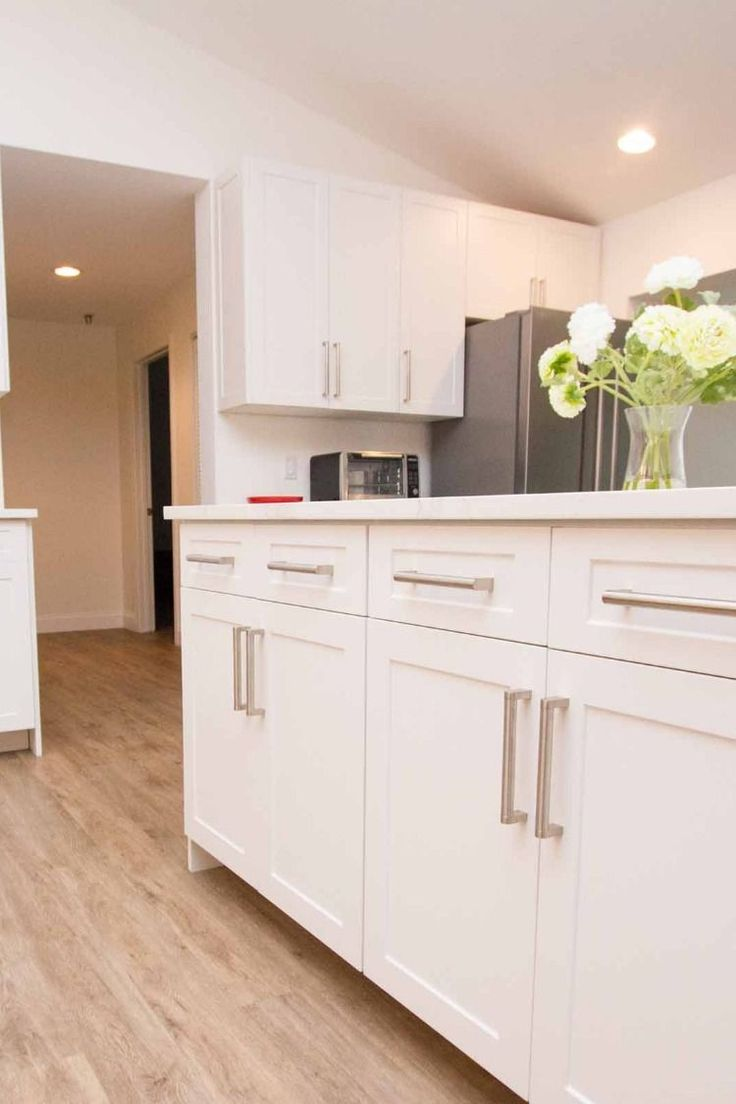White Shaker Replacement Kitchen Cabinet Doors and Drawer ...