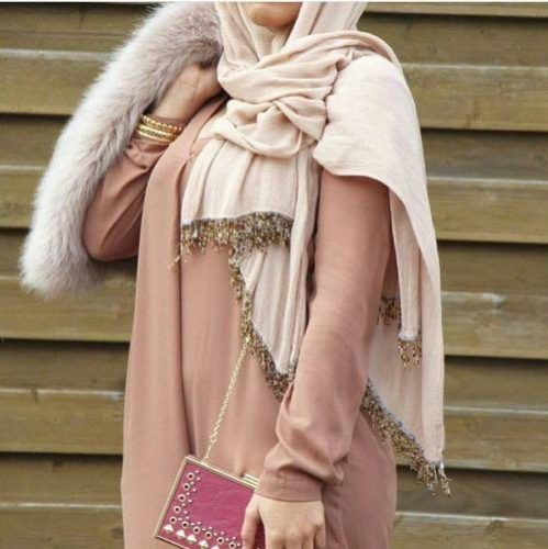 fur-shawl-with-hijab