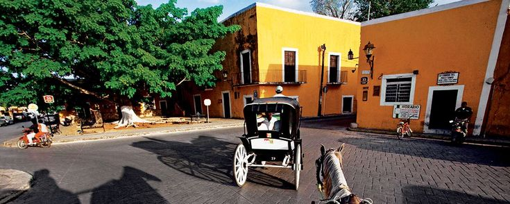 ¿Buscas una experiencia distinta? ¡Escápate a estos rincones de Yucatán! . Este fin de semana viaja a la Península de Yucatán y explora ciudades mayas, sumérgete en cenotes y descubre pintorescos Pueblos Mágicos ¡a pocos kilómetros de la ciudad blanca!