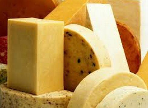 Сыр - наркотик? Наверняка у многих из вас сыр имеет постоянную прописку в холодильнике. А фразу «Хочется кусочек сыра» произносят все члены семьи. Зависимость? Не исключено! http://www.odnoklassniki.ru/group/52227659006156/topic/62880511221964