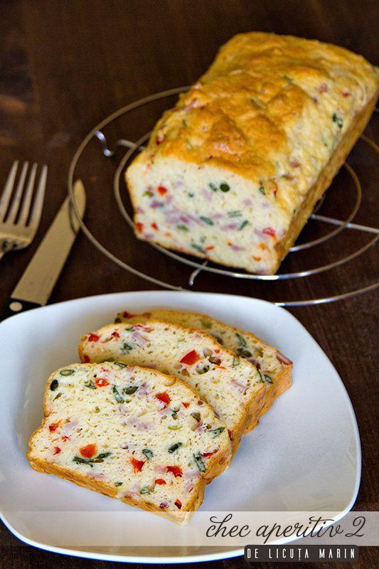 Usor de preparat, acest chec aperitiv se serveste rece, fie dimineata la micul dejun sau pentru mese festive la diferite ocazii!     ...