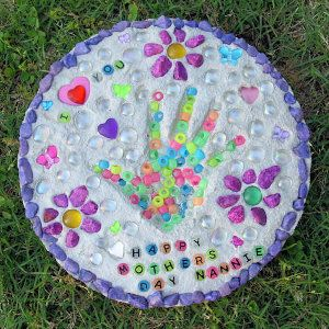 project: Homemade stepping stones in a day. We are so doing this with the girls for the new house!