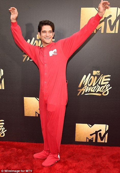 Tyler Posey 2016 MTV Movie Awards red carpet   Daily Mail Online