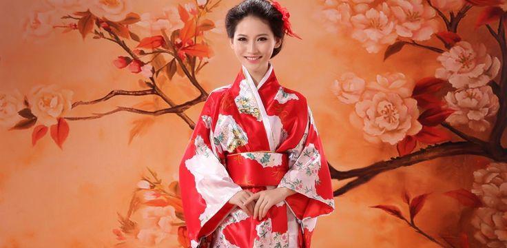 #JAPÓN #FASHION #MODA y #TENDENCIAS Es evidente que la moda japonesa en las últimas décadas ha sido un reflejo de la moda occidental, pero algunas tendencias callejeras surgieron a partir de los años 70 http://anime-manga.atresmedia.com/mas-asia/la-evolucion-y-tendencias-mas-destacadas-de-la-moda-japonesa