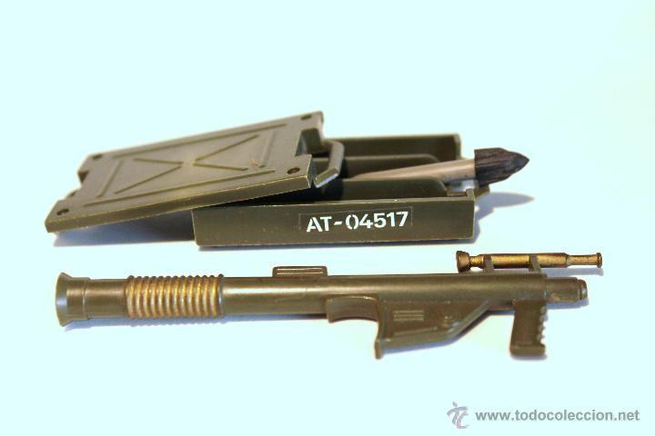 Bazooka, caja de munición y proyectil Madelman