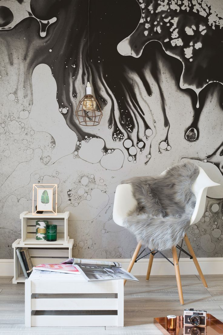 Make a statement with this abstract wallpaper design. Oozes with cool, this texture wallpaper brings a new meaning to monochrome walls. Pair with up-cycled furniture and luxurious copper elements for a rough luxe look.
