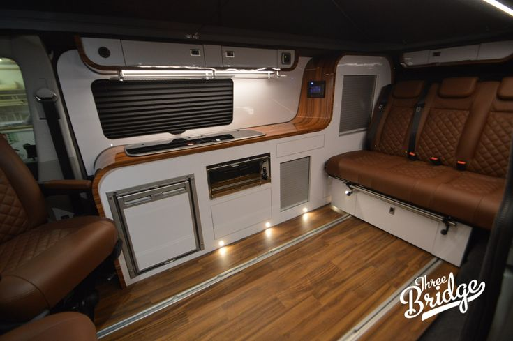 VW Transporter T5 T6 Camper Conversion - LWB Infinity Interior | Camper van conversion diy, Vw camper conversions, Vw transporter campervan