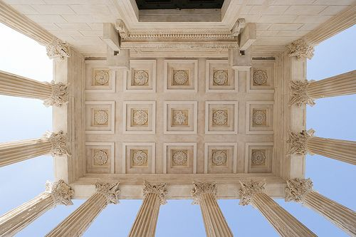 Maison carr e n mes coffered ceilings roman and ceilings - Maison carree nimes ...
