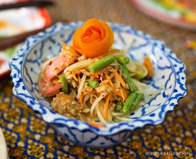 This is a lovely Thai recipe for Som Tam (Papaya Salad). #salads
