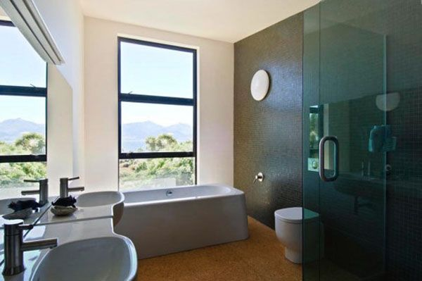 drift bay house bathroom 1