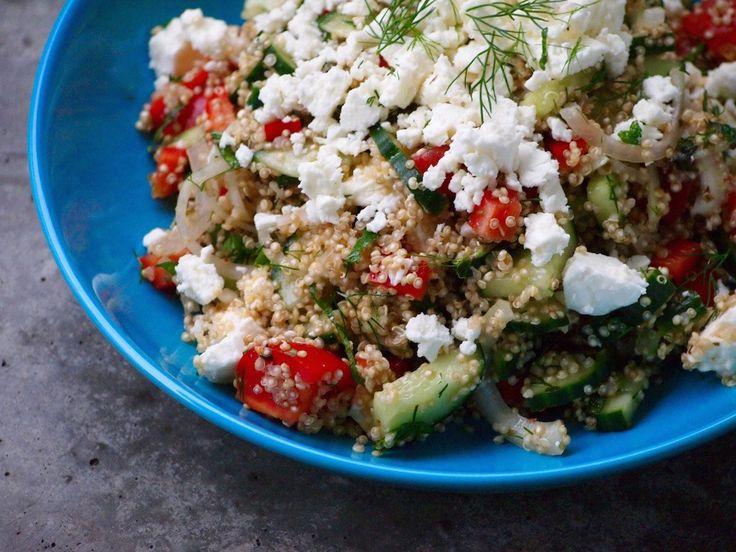 Griekse salade met Quinoa is heerlijk als bijgerecht voor bij de BBQ