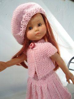 Jupe plissée, tunique,béret pour poupée chéries de corolle