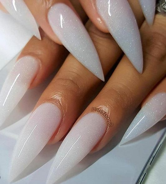 Acryl Stiletto Nails; Stiletto Nails; Stiletto Nails Designs in 2019; Er zijn s …