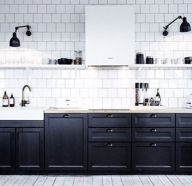 Black Shaker Style Kitchen Cupboards And White Subway Tiles. #shakerkitchen  #monochrome #blackandwhite