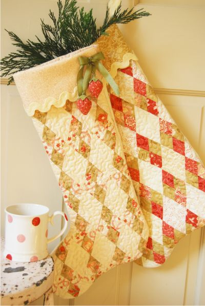 Fresh Figs: On the 12th Day of Christmas---love these quilted Christmas stockings