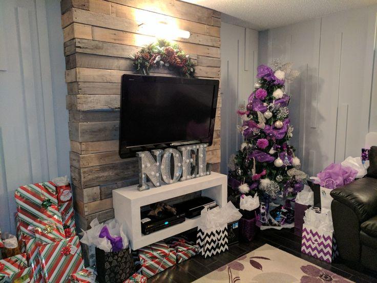 Sapin, cadeaux, Noël, mur en bois de palette