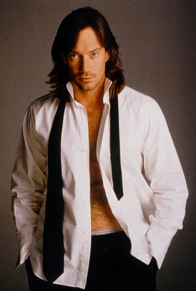 Kevin Sorbo is a Minnesotan!!! What is it with Minnesota and handsome, intelligent, and compassionate men? :)