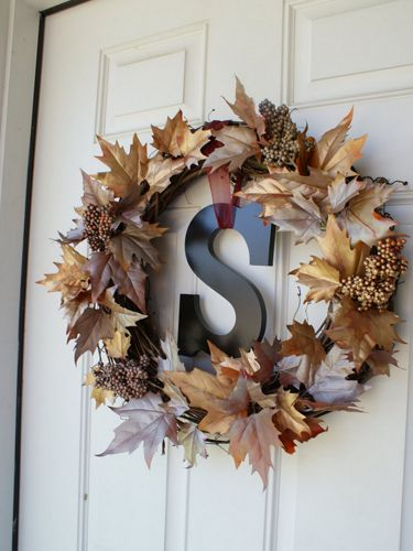 Fall Wreaths - Fall Craft Ideas - what a beautiful way to decorate your door for fall!