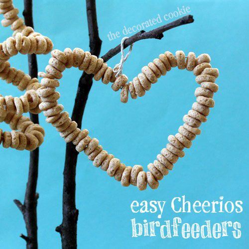 Cheerios bird feeders.. fun and easy to make for ALL ages! Great fine motor practice too :)