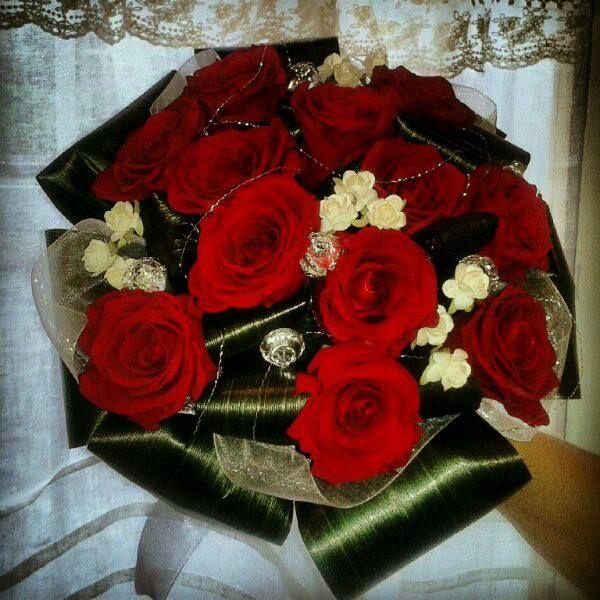Bouquet de mariée, rose rouge, rouge, blanc et verdure, Le jardin d'Andrée-Anne, www.lejardin.ca