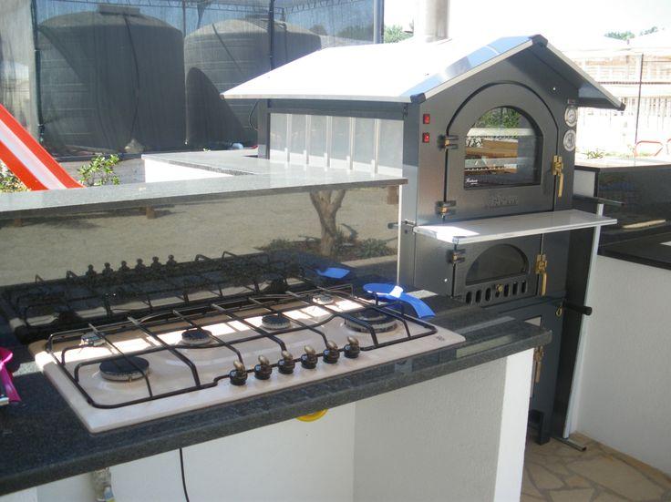 Cucina esterna comune