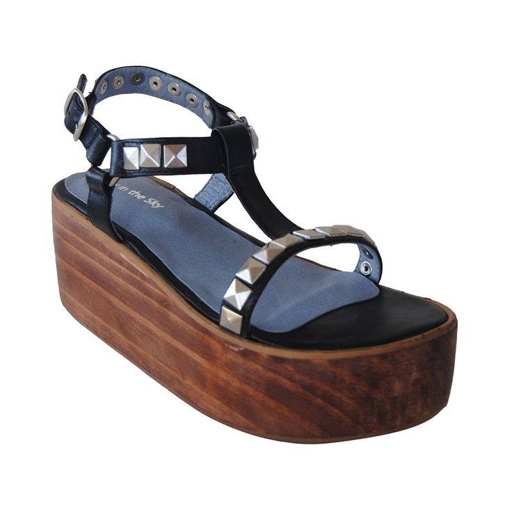 Zapatos Mister T, Lucy in the Sky, $68.900.