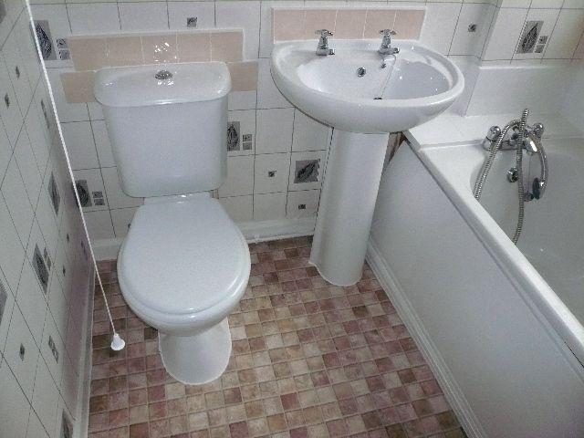 Einfach Installieren Badezimmer Vinyl Bodenbelag Bad Vinyl Bodenbelag Ist Eine Der Flexibelsten Materialien Dies Erfordert Eine Vorher Home Decor Sink Decor