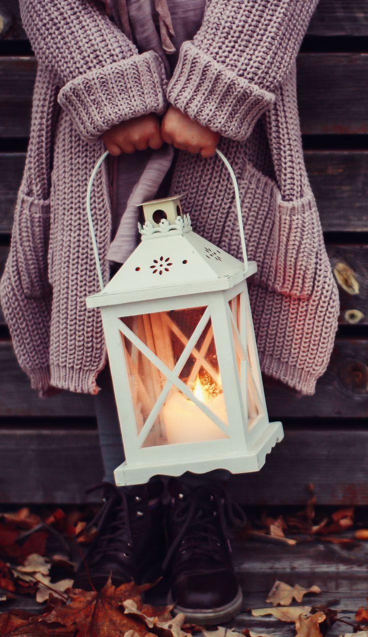 Love that lantern - Fall aesthetic Lantern, moody photo, autumn, October, November, candles #afflink