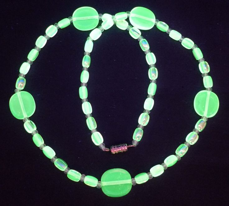 """17"""" 430mm Czech Glass Beads Beaded Necklace Uranium Yellow Vtg UV Glowing by MuchMoreThanButtons on Etsy"""