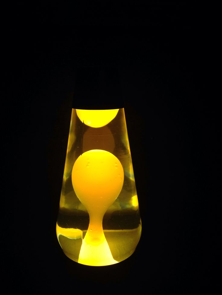 16 inch neon lava lamp. Clear liquid with yellow wax