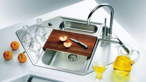 Eckspule Effiziente Und Platzsparende Ideen Fur Die Kuche Spulbecken Design Waschbecken Design Waschbecken