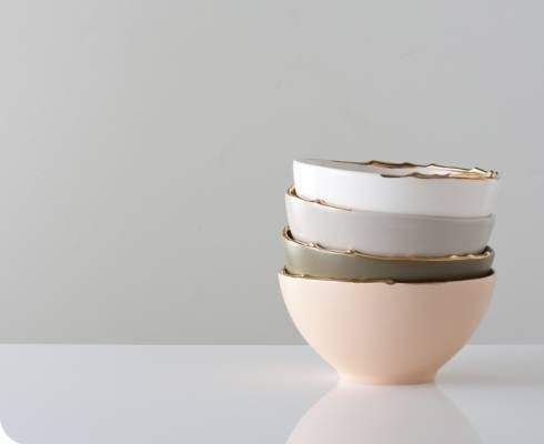 flawed gold-plated bowls / StudiomakeFlaws Goldplat, Flaws Gold Plat, Artists Inspiration, Food Design, Healthy Food, Flaws Bowls, Beautiful Bowls, Grey Kitchens Tables, Goldplat Bowls