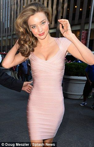 Miranda Kerr awesome in tight curve-hugging sexy pink Herve Leger bandage dress <3 <3 <3
