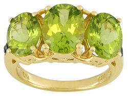 Stratify(Tm) 3.50ctw Oval Manchurian Peridot(Tm) W/ Green Diamond Accent 18k Yg Over Sterling Ring