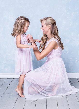 Lovely soft pink 3d roses dresses  for mother and daughter in the Family look Style by NommoFamilyLook on Etsy