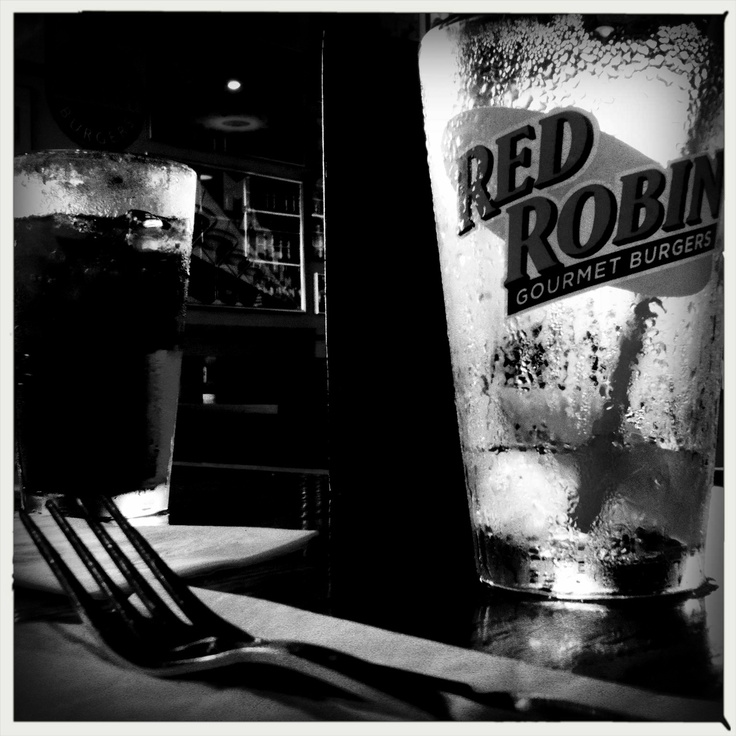 Red Robin. Yummmm. (iPhoto by slc 6-18-12): Slc 61812