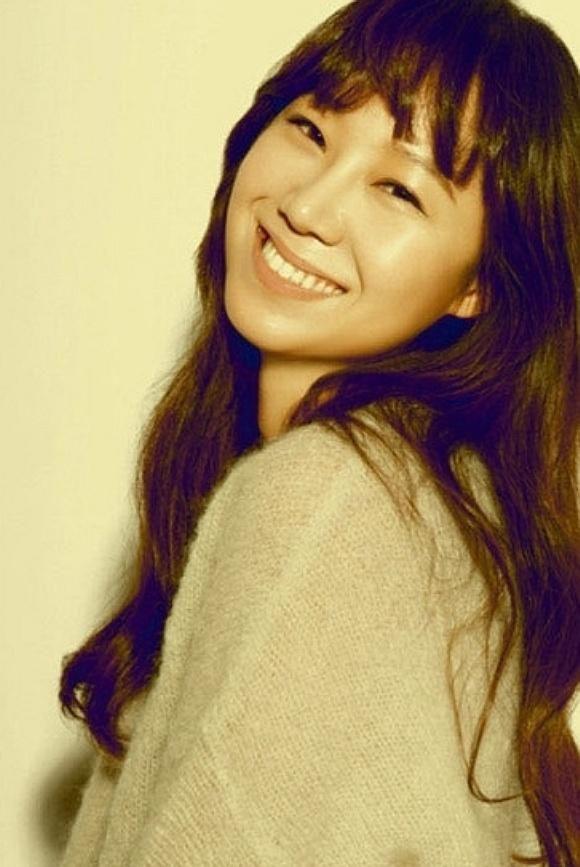 Gong Hyo-jin (공효진) - Female - 1980/04/04