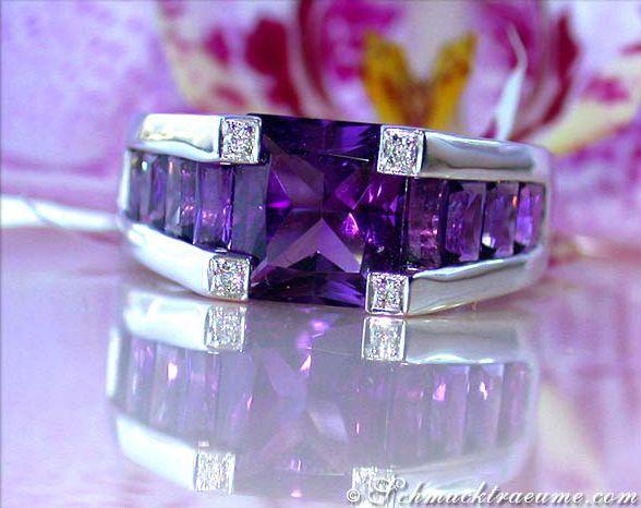 Extravaganter Amethyst Ring mit Diamanten » Juwelier Schmucktraeume.com