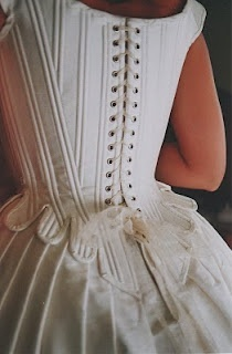 Bride gown corset #weddings
