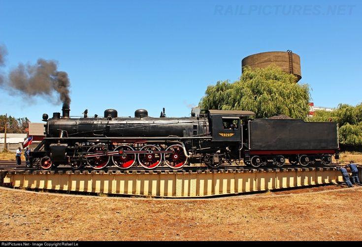 RailPictures.Net Photo: 820 Museo Ferroviario Pablo Neruda De Temuco Steam 4-8-2 at Victoria, Chile by Rafael León
