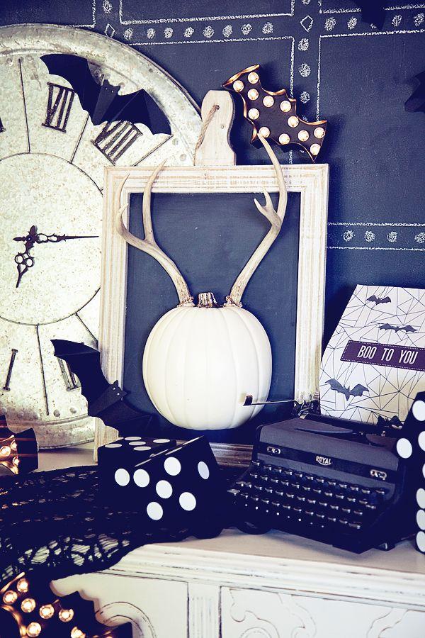 140 best Halloween Spirit images on Pinterest Halloween decorating