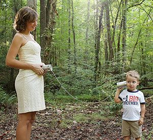 America's Best Pregnancy Announcement Contest: The Finalists!: Hello, Little Brother? (via Parents.com)