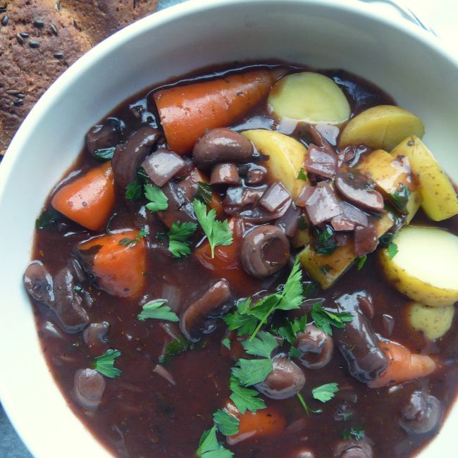Mushroom Bourguinon | invegetableswetrust.com | #vegan can be #gf (replace mushroom ketchup with a GF sauce like vegan, gf Worcestershire)